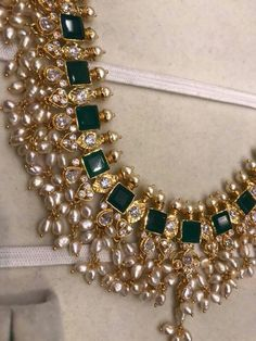 Resplendent Minimalist jewelry necklace,Beautiful jewelry expensive and Jewelry bracelets bijoux. Jad, Indian Wedding Jewelry, Bridal Jewelry, Indian Jewelry Sets, Jewelry Model, Jewelry Sketch, Jewelry Drawing, Gold Jewellery Design, India Jewelry