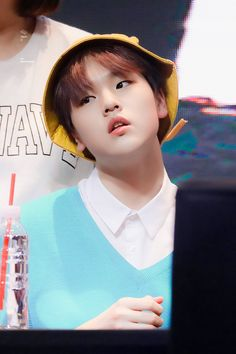 "Tape. D on Twitter: ""190830 #X1 #남도현 #도현 #DOHYON 약간 불량 햄치원생적 모먼트 (?)… """