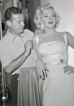 """Marilyn Monroe on the set of  """"How To Marry A Millionaire"""""""