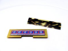 Vintage Compact Comb Purse Comp In Compact by SunburyVintageStore