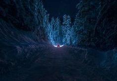 Bulgaria Kyustendil winter road snow forest night car light sky stars trees wallpaper | 2048x1345 | 50144 | WallpaperUP