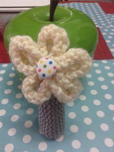 Flower hand toy