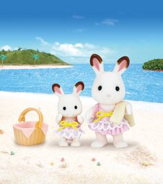 Superb Sylvanian Families Girl's Swimwear Set Now At Smyths Toys UK! Buy Online Or Collect At Your Local Smyths Store! We Stock A Great Range Of Sylvanian Families At Great Prices. Sylvanian Families, Hamsters, Bad Set, Baby Swimwear, Kids Bedroom Sets, Toys Uk, Family Set, Bunny Toys, Am Meer