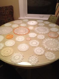 Doilies under a glass top table instead of a tablecloth ~ now I know what to do with all my doillies :) Doilies Crafts, Lace Doilies, Doilies Crochet, Fabric Crafts, Home Decor Kitchen, Diy Home Decor, William Morris, Vintage Sheets, Vintage Linen