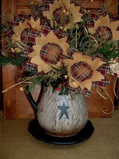 country primitive decor at wholesale pricing Rustic Primitive Decor, Primitive Homes, Prim Decor, Rustic Crafts, Country Crafts, Primitive Crafts, Primitive Christmas, Country Primitive, Decor Crafts