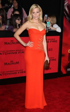 Elizabeth Banks in Versace was one of the best looks of the week! Click the picture to see more.