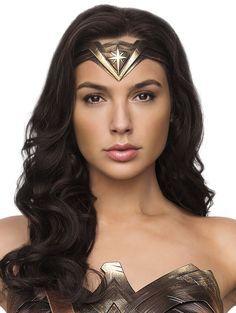 Diana Prince   Wonder Woman   Gal Gadot   Front Face Wonder Woman Art, Gal Gadot Wonder Woman, Wonder Women, Wonder Woman Comic, Super Heroine, Gal Gardot, Foto Portrait, Wonder Woman