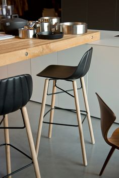 Polyurethane counter stool BABAH W SG 80 Counter stool Babah Collection by CHAIRS