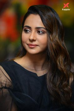 Rakul Preet Singh New Photos Bollywood Actress Hot, Beautiful Bollywood Actress, Most Beautiful Indian Actress, Beautiful Actresses, Bollywood Stars, South Indian Actress Hot, Indian Film Actress, Indian Actresses, Beauty Full Girl