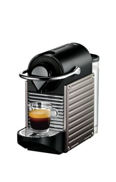 Krups - - Nespresso Pixie Machine à Espresso - Titane Best Home Espresso Machine, Espresso Machine Reviews, Espresso Coffee Machine, Espresso Maker, Coffee Maker, Espresso Drinks, Pixie, Latte Macchiato, Bialetti