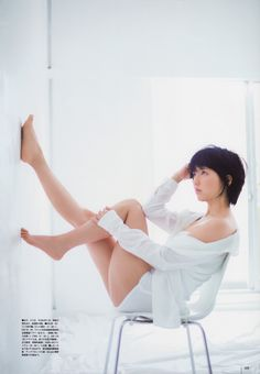 Erina-Mano-Feet-1062207.jpg 1.800×2.600 píxeles