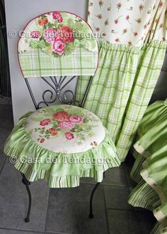 cute pink and green decor with mixed flower print and plaid fabrics Shabby Chic Furniture, Shabby Chic Decor, Painted Furniture, Diy Furniture, Shabby Chic Office, Furniture Covers, Chair Covers, Table Covers, Slipcovers For Chairs