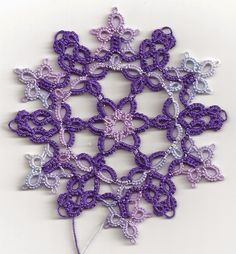 The Roundabout Motif . free pattern download by Jane Eborall. Tatted here by : Tatting Lace in Grace: 2015 Motif Challenge # 3 .... *a*