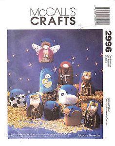 Nativity Fabric Ornament Christmas Wallhanging Craft McCalls Pattern 2996 Uncut