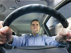 How to avoid road rage Road rage is explosive disorder, defined as violent behavior exhibited by drivers in traffic. It is a very aggressive driving Road Rage, Mens And Health, Assurance Auto, Bad Drivers, Self Driving, Audi Tt, Fiat 500, Anger Management, Ford Focus