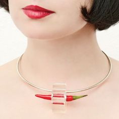 polymer chilli anyone? Glass Jewelry, Jewellery, Some Like It Hot, Mexican Designs, Jewelry Trends, Arrow Necklace, Chokers, Jewelry Design, Pendants