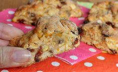 Morsetti dolci ricetta biscotti facilissimi e veloci, ricchi di frutta secca, frutta candita e uvetta. Perfetti per l'ora del tè e nei giorni di festa.