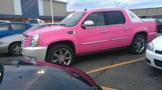 pink truck. lovelovelove Want my Avy to look like this!
