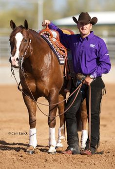 Andrea Fappani.... ladsvkna;woe slfgkj wh!!!!    2011 Futurity Champion Lil Joe Cash has been retired to the breeding shed.    If I were a mare, I'd do that horse.