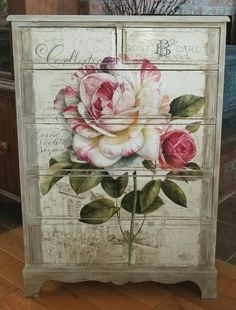 Shabby chic dresser, decoupage floral poster and blending ASCP French linen and old white