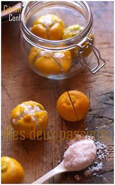 Citron confit Lemon Desserts, Dessert Recipes, Algerian Recipes, Desserts With Biscuits, Citrus Recipes, Cuisine Diverse, Food Club, Food Design, Food Inspiration