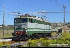 RailPictures.Net Photo: Ferrovie dello Stato (FS) e646 at Serradifalco (CL), Italy by Giuseppe Pastorello
