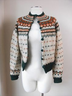 Fair Isle Womens Wool Cardigan Size Small by cookiekvintage Norwegian Knitting, Fair Isle Knitting, Jacket Pattern, Wool Cardigan, Diy Fashion, Bunt, Knitwear, Knit Crochet, Sweaters For Women