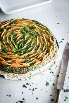 Zoete aardappel taart met spinazie en ricotta Veggie Recipes, Beef Recipes, Real Food Recipes, Vegetarian Recipes, Cooking Recipes, Healthy Recipes, Cooking Tips, I Love Food, Good Food