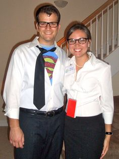 Easy Halloween costume: Clark Kent and Lois Lane. Costume Halloween, Couple Halloween, Halloween Town, Halloween Ideas, Halloween 2015, Lois Lane Costume, Clark Kent Costume, Easy Costumes, Adult Costumes