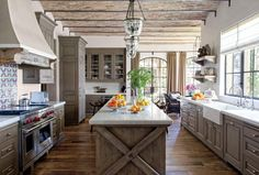 nicely-done-log-cabin-rustic-kitchen-design
