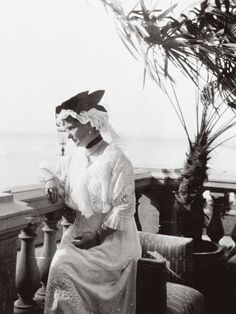 Empress Alexandra Feodorovna of Russia in 1914 on the balcony of the Lower Dacha at Peterhof.A♥W