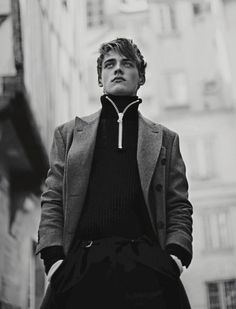 Estetica Parigina. Photo by Fanny Latour-Lambert. Styling by Luca Roscini. For Style Magazine. menswear mnswr mens style mens fashion fashion style editorial