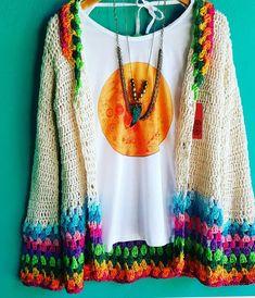 Below the knee would be perfect Black Crochet Dress, Crochet Coat, Crochet Jacket, Crochet Cardigan, Crochet Shawl, Crochet Clothes, Diy Clothes, Mode Crochet, Boho