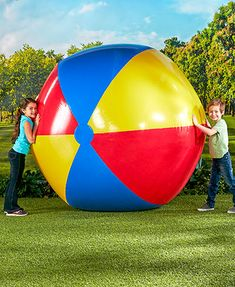 Your little ones will have endless fun with this Jumbo Beach Ball. Its eye-catching colors and large size make it easy to spot. Createyour ownoutdoo