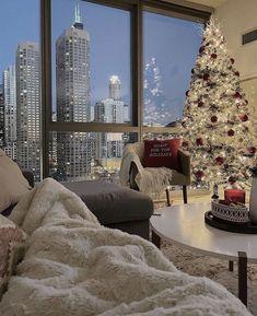 Christmas Feeling, Cozy Christmas, Christmas Lounge, New York Christmas, Christmas Fashion, Christmas Goodies, Christmas Stockings, Christmas Holidays, Christmas Cards