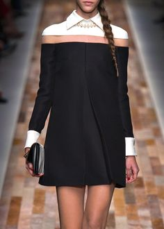 fuckyeahalternativefashion: Valentino FW 2013/2014 #black #dress