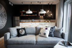 Jak urządzić małe mieszkanie? Pomysłowa kawalerka na Wyspie Spichrzów