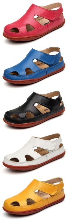Best Unisex Children Hollow Soft Sandals Simple Hook-Loop Flat Shoes is cheap, see more various cheap kids shoes on NewChic. Cute Outfits For Kids, Flats, Sandals, Boys Shoes, Pretty Dresses, Slippers, Unisex, Flat Shoes, Skillet