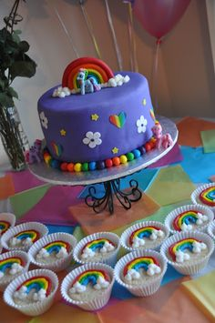 'My Little Pony' Cake and Rainbow Cookies. Now if only I knew how to make it!!! Ha!
