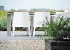 modern outdoor furniture  www.hendrikshoveniers.nl, Landelijke tuin, Cortestale vijver, water element, #Siergrassen, #tuinarchitect, Tuinarchitectuur, Stoeterij, Exclusieve tuinmeubels, lounge set, bloembakken, tuinmeubels wit, paarden, #paardenstal, Blokbomen, buxusbollen, #tuinoverkapping, Hortensia's, omheining, omheiningen,