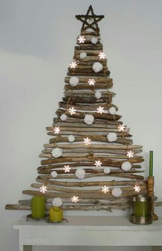 Wall christmas tree branches -