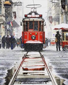 Street Painting, Winter Wonder, Urban Sketching, Istanbul Turkey, Types Of Art, Art World, Watercolor Paintings, Cool Art, Scenery