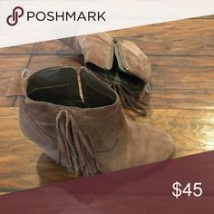Steve Madden Boots Very comfortable boots in good condition. Steve Madden Shoes Ankle Boots & Booties