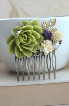 Gorgeous! What about doing something like this instead of flowers?