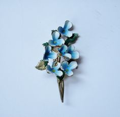 Flower Bouquet Pin Brooch Blue and White Daisies  by karen6790, $18.00