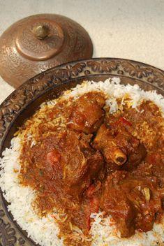 Découvrez notre recette du Rogan Josh, un curry d'agneau typique de la région du Cachemire !  Toutes les saveurs de la cuisine indienne et pakistanaise réunies dans un seul plat !