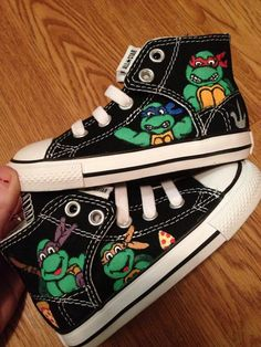 TMNT Hand Painted Converse Shoes by CandysCustomPaints on Etsy, $90.00 Cute Converse, Cheap Converse, Converse Sneakers, Outfits With Converse, Converse High, Shoe Art, Painted Converse, Painted Canvas Shoes, Hand Painted Shoes