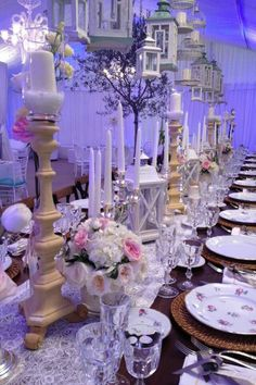 #wedding#toscana #chianti#weddingevent#winewedding#lanterne Wedding Planner, Table Decorations, Home Decor, Style, Lantern, Wedding Planer, Swag, Decoration Home, Room Decor