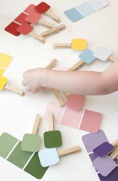 Reconnaissance des couleurs + jeu d'épingles à linge paint chip matching game
