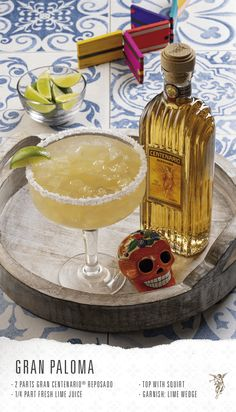 Refreshing Drinks, Yummy Drinks, Lasagna Sauce Recipe, Tequila Mixed Drinks, National Tequila Day, Alcoholic Desserts, Alcohol Drink Recipes, Cocktails, Martinis